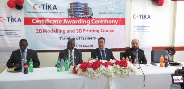 TİKA'dan Uganda'da 3D Tasarım ve Modelleme Eğitimi  - 3