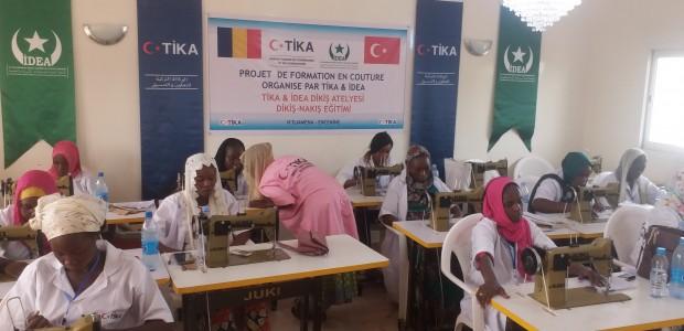 """""""تيكا"""" التركية تقدم دعمًا للنساء في العاصمة التشادية إنجامينا - 1"""