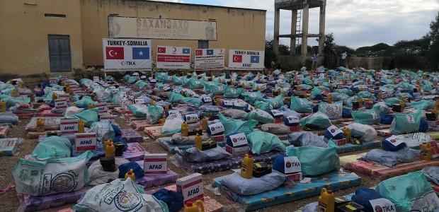 تيكا التركية تمد يد العون الى المتضررين من السيول في الصومال - 3