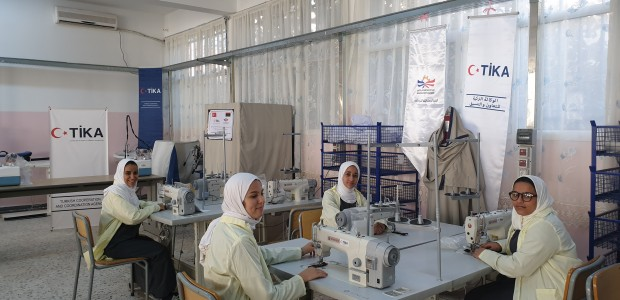 """""""تيكا"""" التركية تقدم معدات لمعهد مهني بطرابلس الليبية - 1"""