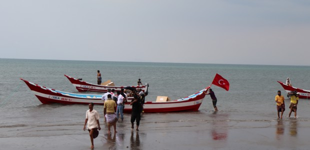 TİKA Provides Boats to Yemeni Fishermen - 2