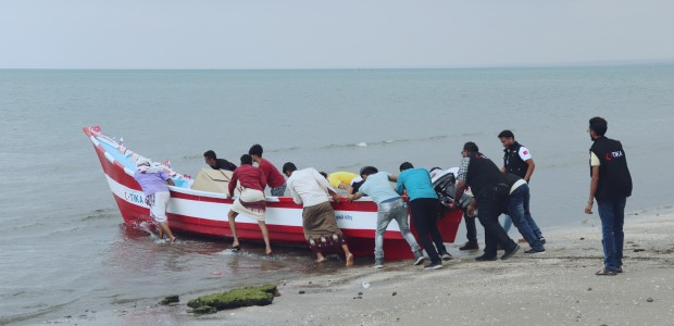 TİKA Provides Boats to Yemeni Fishermen - 6