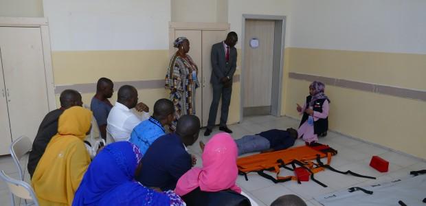 تيكا التركية تنظم ورشة تدريبية للكادر الطبي في النيجر - 4