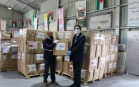 تيكا التركية توزع 1000 طرد غذائي في الأردن