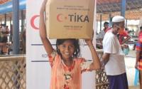 """""""تيكا"""" التركية تقدّم مساعدات للاجئي أراكان في بنغلاديش"""