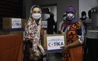 """""""تيكا"""" التركية توزع طرودًا غذائية على المحتاجين في البرازيل"""