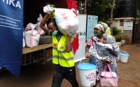 """""""تيكا"""" التركية توزع مساعدات رمضانية على 1500 عائلة كينية"""