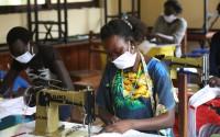 TİKA Güney Sudan'da Maske Üretimi İçin Atölye Kurdu