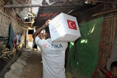 TİKA Stands in Solidarity with Refugees from Rakhine in Bangladesh
