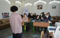 """""""تيكا"""" التركية تنظم دورة التطريز بالحاسوب في كييف"""