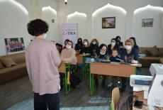 TİKA, Kiev'de Kadınlar İçin Nakış Kursları Başlattı
