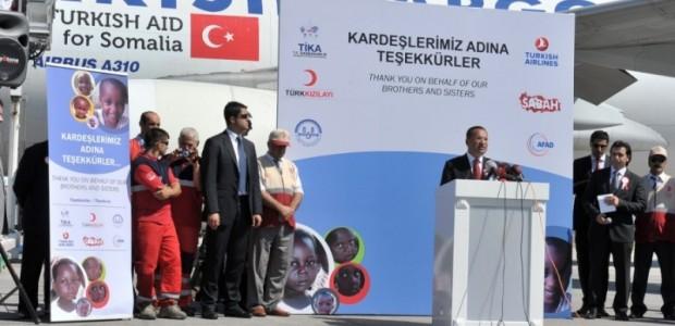 Türk Uçakları Somali'ye Yardım Taşıyor  - 4