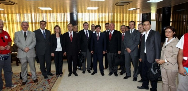 Dışişleri Bakanı Ahmet Davutoğlu Libya'ya Gitti   - 1