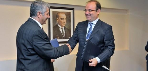 TİKA ile Yunus Emre Enstitüsü Arasında Türkoloji Projesinin Devrine İlişkin Protokol İmzalandı  - 2