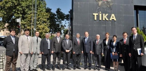 TİKA ile Yunus Emre Enstitüsü Arasında Türkoloji Projesinin Devrine İlişkin Protokol İmzalandı  - 1