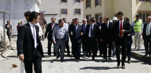 Başbakan Yardımcısı Bekir Bozdağ'dan TİKA'nın Kabil'de Yaptırdığı Sürekli Eğitim Merkezine Ziyaret  - 27