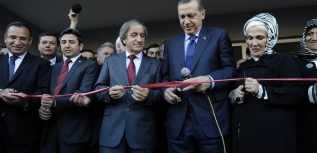 Başbakan Erdoğan Makedonya'da Donanımı TİKA Tarafından Tamamlanan Türk Okulunun Açılışını Yaptı  - 2