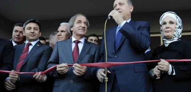 Başbakan Erdoğan Makedonya'da Donanımı TİKA Tarafından Tamamlanan Türk Okulunun Açılışını Yaptı  - 1