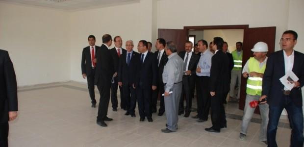Başbakan Yardımcısı Bekir Bozdağ'dan TİKA'nın Kabil'de Yaptırdığı Sürekli Eğitim Merkezine Ziyaret  - 14
