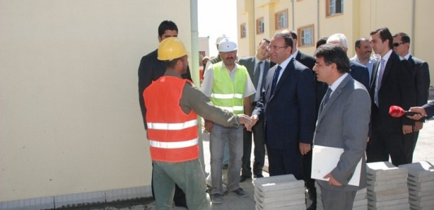 Başbakan Yardımcısı Bekir Bozdağ'dan TİKA'nın Kabil'de Yaptırdığı Sürekli Eğitim Merkezine Ziyaret  - 7
