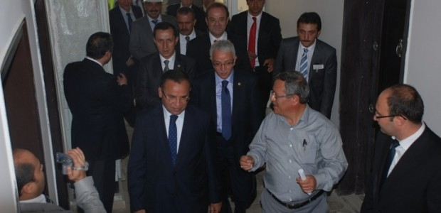 Başbakan Yardımcısı Bekir Bozdağ'dan TİKA'nın Kabil'de Yaptırdığı Sürekli Eğitim Merkezine Ziyaret  - 5