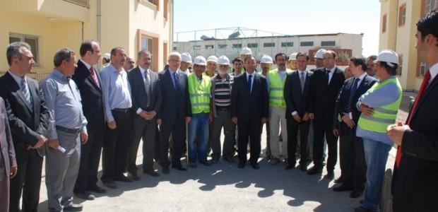 Başbakan Yardımcısı Bekir Bozdağ'dan TİKA'nın Kabil'de Yaptırdığı Sürekli Eğitim Merkezine Ziyaret  - 2