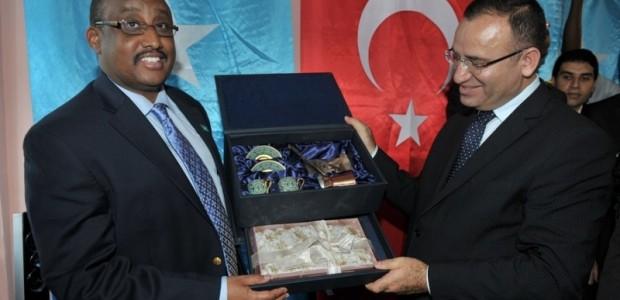 Başbakan Yardımcısı Bekir Bozdağ Somali'de  - 19