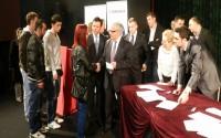 Makedonyalı Türk Ögrenciler TİKA Bursları ile Mutlu Oldu