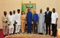 Benin Cumhurbaşkanı Dr. Boni Thomas Yayi TİKA Heyetini Makamında Kabul Etti