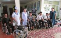 Tacikistan'da Engelliler Meslek Lisesine Tekerlekli Sandalye Desteği
