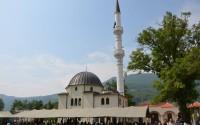 Karadağ'da Yeniden İnşaa Edilen Bioçe Camii Hizmete Açıldı