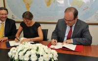 A Memorandum Of Undertanding Was Signed With The Presidential Agency Of International Cooperation  Of Columbia (Apc)