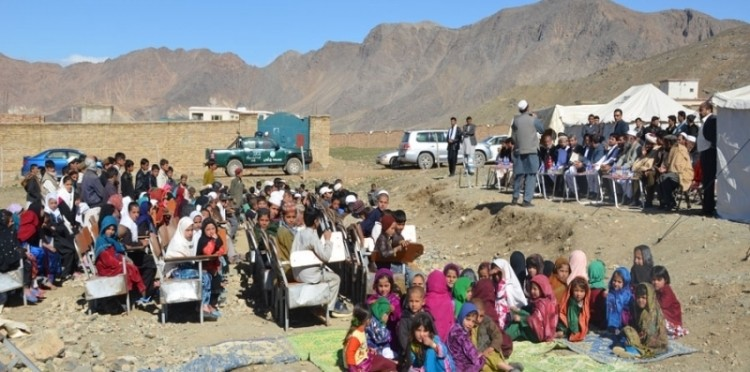 Delivery Of Tents For Nomadic Students At Kabul