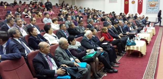 Kırgızistan'da Türk Dünyası Vatandaşlığı Çalıştayı'na Destek   - 2