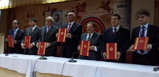 Kırgızistan'da Türk Dünyası Vatandaşlığı Çalıştayı'na Destek   - 1