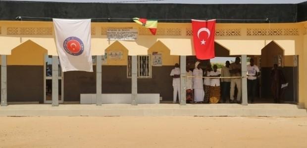 Senegal Mbolo Birane Sağlık Ocağı Hizmete Açıldı  - 1