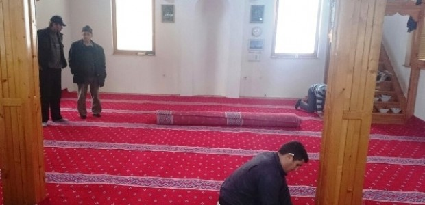 TİKA Desteğiyle Bosna Hersek Genelindeki Camiilere Malzeme Desteği    - 1