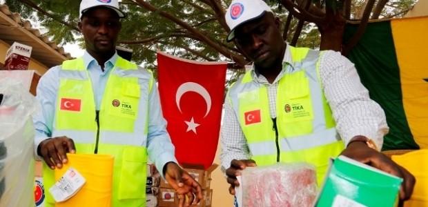Senegal'e Ebola Salgını ile Mücadelede Tıbbi Malzeme Desteği  - 3
