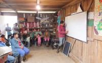Kolombiya'nın Güney Bölgesi'nde Dört Okul Elektriğe Kavuşturuldu