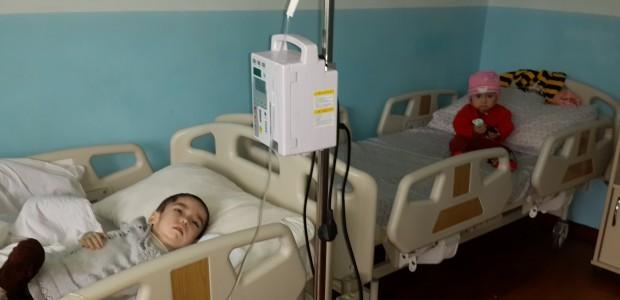 معالجة 1700 طفل في مركز علم الأورام للأطفال بطاجيكستان - 2