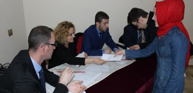 تقديم منح للطلاب في مقدونيا بالتعاون بين تيكا واتحاد منظمة المجتمع المدني التركي-المقدوني - 3